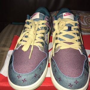 Nike dunk low so
